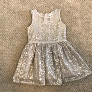 Girls 2T Silver Sparkly Dress